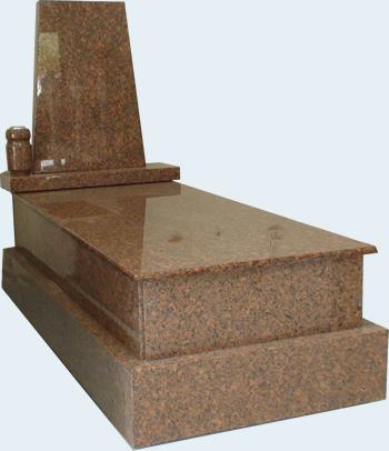 panteón funerario en granito rojo de r.l. arranz