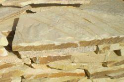Piedra Macael Rústica Amarilla